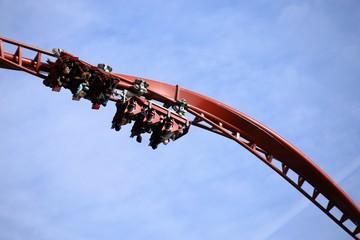 Achterbahn, Super Coaster beim Looping