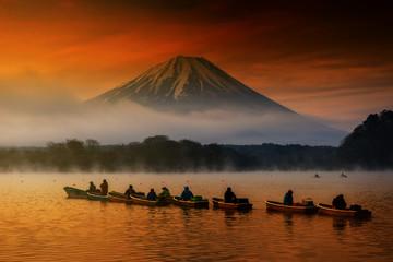 sailing boats at Lake Shoji with Fujisan