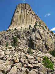 The gigantic monolith of Devils Tower National Monument, Black Hills, Wyoming, USA