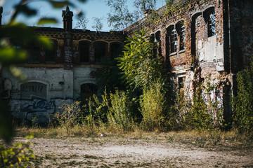 Poster Oude verlaten gebouwen abandoned factory building