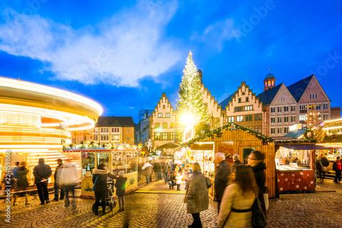 Weihnachtsmarkt Frankfurt Main.Weihnachtsmarkt Am Frankfurter Römerberg Stock Photo And Royalty