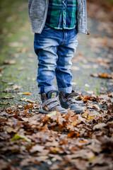 Kind am Herbsttag