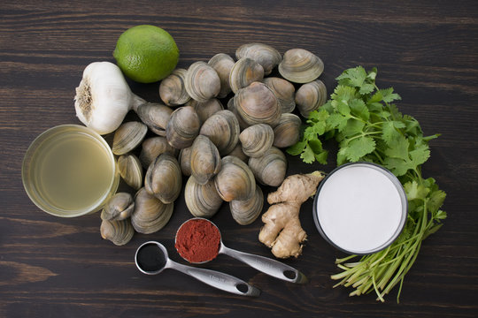 Red Curry, Coconut, and Ginger Infused Steamed Clams Ingredients