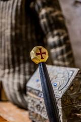 Epée médiéval dans le Château de Berzé-le-Châtel