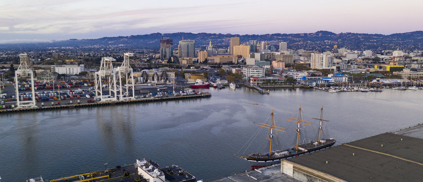 Aerial View Oakland Inner Harbor Port City Downtown Skyline