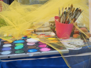 Color palette with brushes of a street artist
