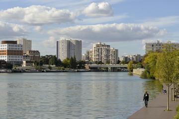 La Seine, Quai, Les Gondoles Sud, Choisy le Roi, Val de Marne, 94