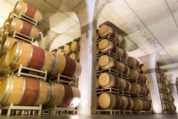 ITALY WINEMAKING BARRELS CELLAR
