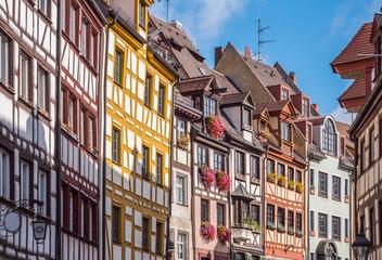 Weißgerbergasse mit Fachwerkhäusern in Nürnberg