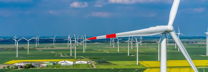 Windpark Panorama Schleswig Holsteinaus der Luft ökostrom