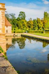 Les Jardins et les douves du Château de Cormatin en Bourgogne