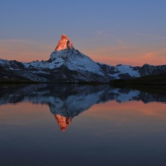 Printed roller blinds Reflection Matterhorn at sunrise reflecting in Lake Stelli, Zermatt. Switzerland.