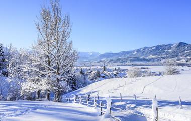 winterliche Szenerie im bayrischen Allgäu