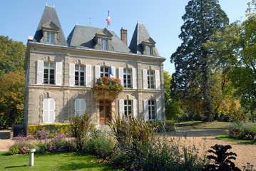 Ville de Verneuil-sur-Avre, l'Hôtel de Ville et son parc, département de l'Eure, Normandie, France