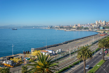 Wall Mural - Pacific ocean and harbor of Valparaiso, Chile