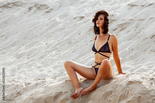Sexy skinny girl pics