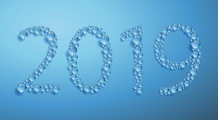 Carte de vœux 2019 écrit avec des gouttes d'eau sur un fond bleu.