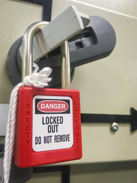 Electrical main power with  lock out tag out key