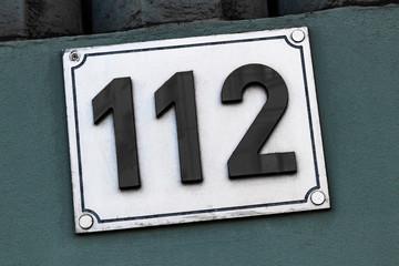 Hausnummer 112
