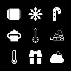 9 season icons with snow and present in this set