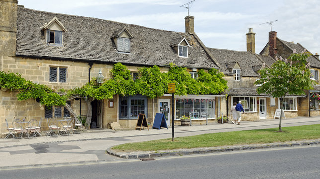 Iconic espaliered tree in the quaint Cotswolds village of Broadway, Worcestershire, England