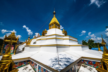 Beautiful building in Asorm Phrom Thada Budtha Sathan