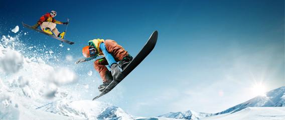 Fototapeta Skiing. Snowboarding. Extreme winter sports obraz