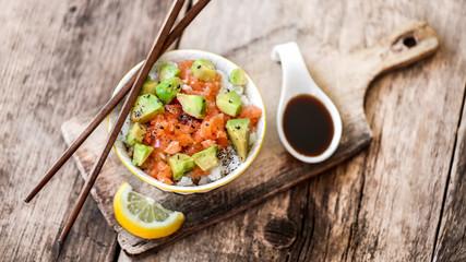 poke bowl : riz saumon tartare avocat 6