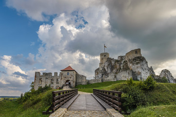 Ruins of Rabsztyn castle near Krakow, Poland with beautiful clouds in background.