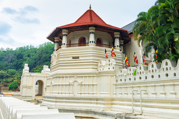 Poster Temple Temple of the Sacred Tooth Relic at Kandy, Sri Lanka.