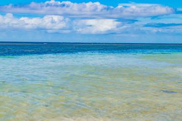 沖縄石垣島 米原ビーチ 南国イメージ