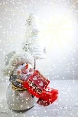 The magic of Christmas - Christmas gift and snowman
