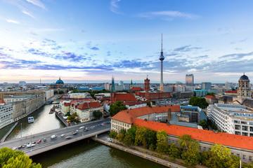 Berlin Skyline Fernsehturm Rotes Rathaus Deutschland Stadt