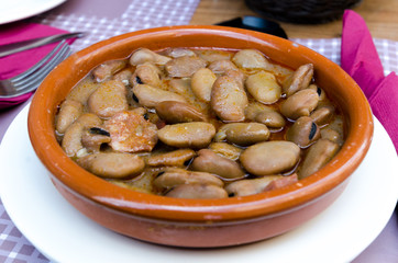 tapa of michirones