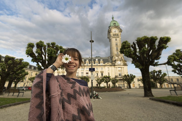 11-year-old Spanish girl in front of the Limoges