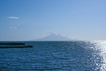 稚内から見える利尻島