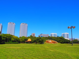 Kaihin Makuhari Park with the blue sky