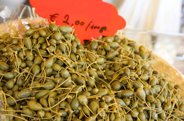 green fresh capers for sale