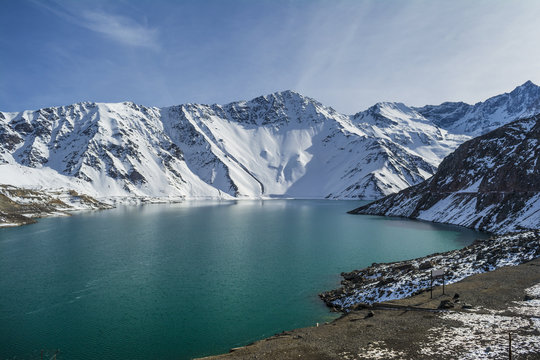 Cajon del Maipo (canyon) in Embalse El Yeso landscape, turquoise water, Los Andes, Chile