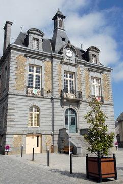 Ville de Combourg, Hôtel de Ville ou mairie, département d'Ille-et-Vilaine, Bretagne, France