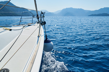 Traveling with sailboat