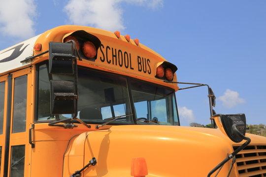 Schulbus in der Karibik/Amerika