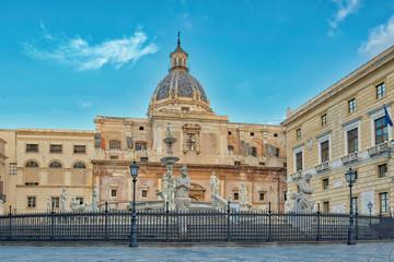 Piazza Pretoria a Palermo
