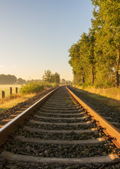 Bahnschiene in weichen Licht