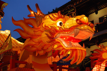 Aluminium Prints Asian Famous Place Drachen beim Lichterfest