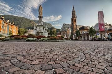 Bolzano, Piazza Walther