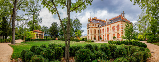Panorama de la Villa Perrusson , Monument Historique
