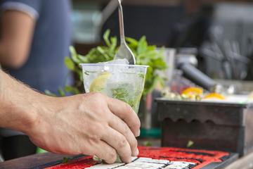 Mojito cooking, The process of preparing summer mojito