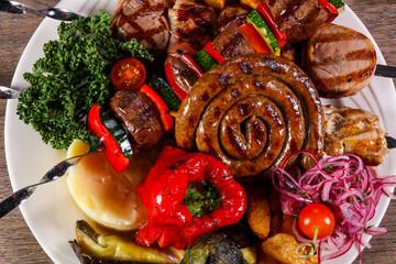 Pork and vegetables barbeque