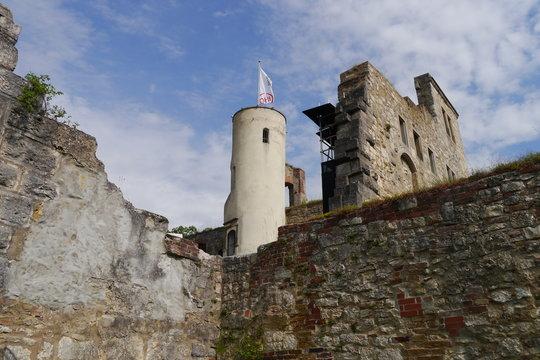 Burgromantik Schloss Hellenstein